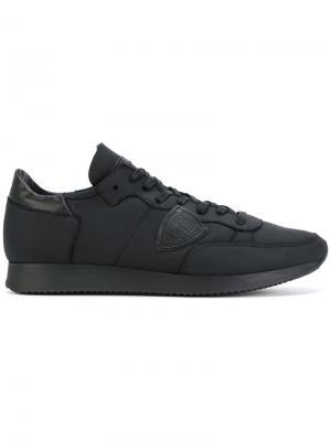 Кроссовки на шнуровке Philippe Model. Цвет: чёрный