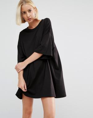 Weekday Платье-футболка Huge. Цвет: черный
