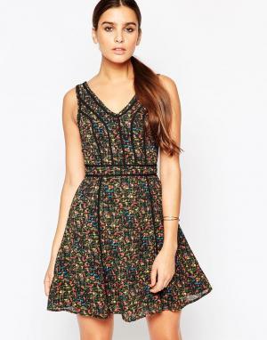 Adelyn Rae Платье с цветочным принтом. Цвет: зеленый