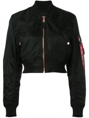 Укороченная куртка бомбер Alpha Industries. Цвет: чёрный