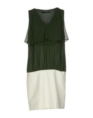 Короткое платье ANNARITA N.. Цвет: зеленый-милитари