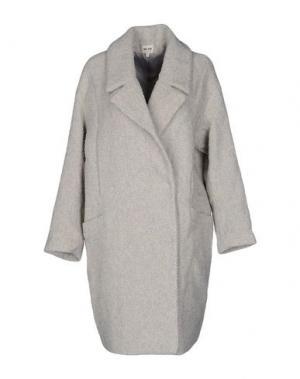 Пальто BELAIR. Цвет: светло-серый