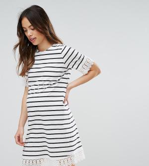 ASOS Maternity Платье для беременных в полоску с кружевной отделкой. Цвет: мульти