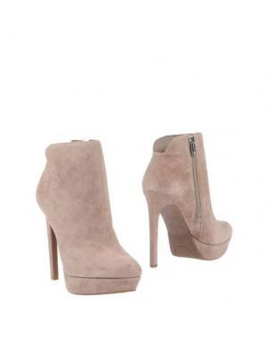 Полусапоги и высокие ботинки JESSICA SIMPSON. Цвет: хаки