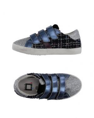 Низкие кеды и кроссовки D.A.T.E. KIDS. Цвет: серебристый