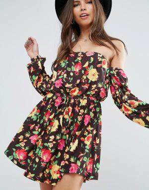 ASOS Короткое приталенное платье с цветочным принтом и длинными рукавами AS. Цвет: мульти