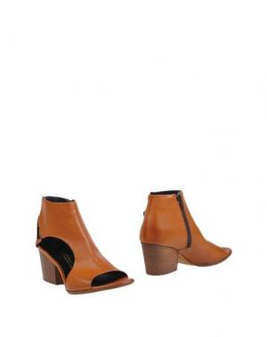 Полусапоги и высокие ботинки FIORIFRANCESI. Цвет: желто-коричневый