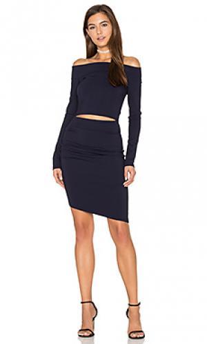 Платье с длинным рукавом и открытыми плечами trixie BEC&BRIDGE. Цвет: синий