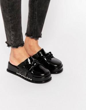 Jeffrey Campbell Лакированные сандалии на платформе с узелком. Цвет: черный