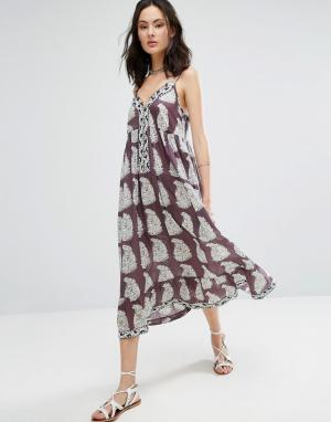 Raga Платье макси с принтом пейсли Delilah Enlarged. Цвет: фиолетовый