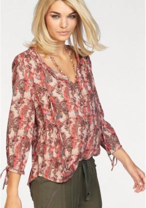 Блузка Laura Scott. Цвет: красный с рисунком