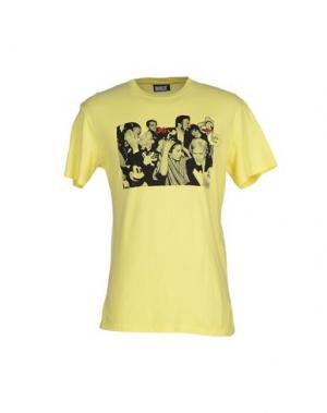 Футболка BULK. Цвет: желтый