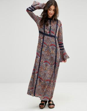 Raga Платье макси с цветочным принтом Desert. Цвет: мульти