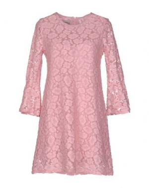 Короткое платье PINK MEMORIES. Цвет: светло-фиолетовый