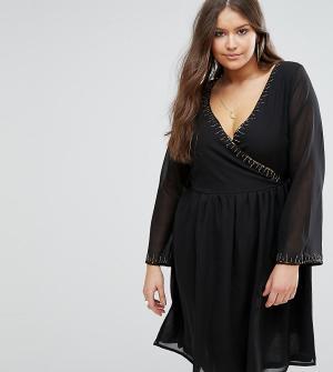 Koko Короткое приталенное платье с отделкой бисером Plus. Цвет: черный