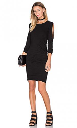 Платье с прорезями на плечах Pam & Gela. Цвет: черный