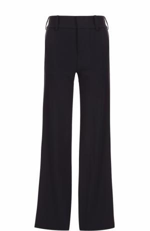 Расклешенные брюки с карманами Alice + Olivia. Цвет: синий