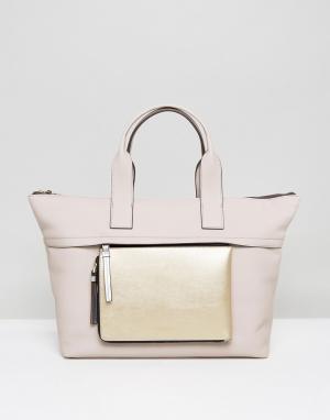 Calvin Klein Большая сумка-тоут со съемным кошельком на молнии. Цвет: бежевый