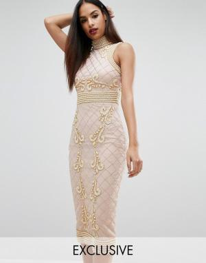 Starlet Платье миди с высокой горловиной отделкой жемчугом. Цвет: розовый