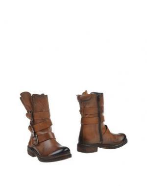 Полусапоги и высокие ботинки MANAS. Цвет: какао