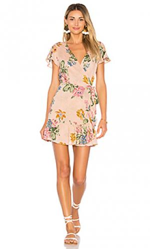 Свободное мини платье с запахом havana nights AUGUSTE. Цвет: румянец