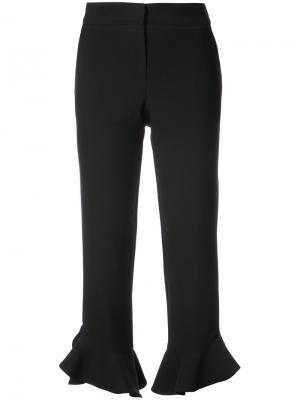 Укороченные брюки с оборками Trina Turk. Цвет: чёрный
