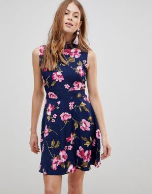 Uttam Boutique Платье с оборками и цветочным принтом. Цвет: мульти