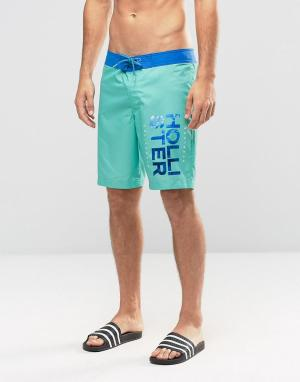 Hollister Зеленые шорты для плавания. Цвет: зеленый