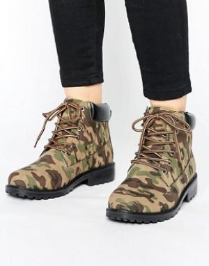 Park Lane Ботинки с камуфляжным принтом на массивной подошве. Цвет: зеленый