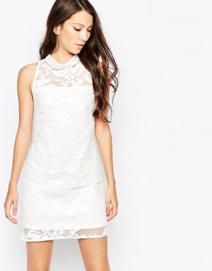 Key Collections Платье Ashley Roberts специально для. Цвет: белый