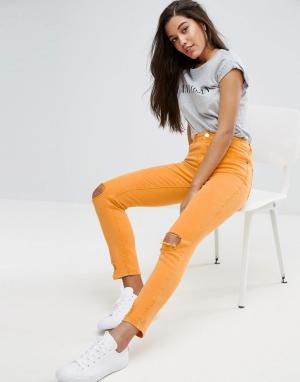 ASOS Оранжевые джинсы в винтажном стиле с заниженной талией и рваной отделк. Цвет: оранжевый
