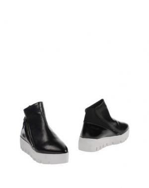 Полусапоги и высокие ботинки 87 VIC MATIĒ. Цвет: черный