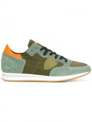 Кроссовки на шнуровке Philippe Model. Цвет: зелёный