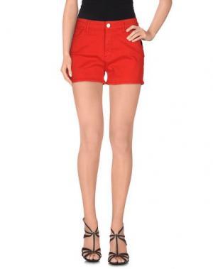 Джинсовые шорты LOVE MOSCHINO. Цвет: красный