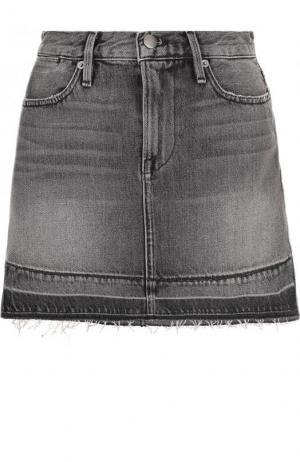 Джинсовая мини-юбка с потертостями Frame Denim. Цвет: серый