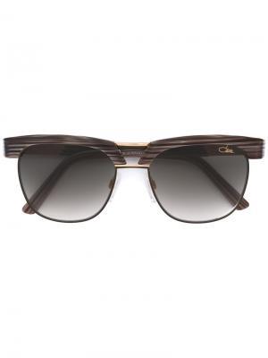 Солнцезащитные очки с квадратной оправой Cazal. Цвет: синий