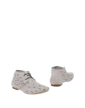 Полусапоги и высокие ботинки UIT. Цвет: светло-серый