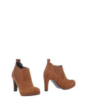 Ботинки EYE. Цвет: желто-коричневый