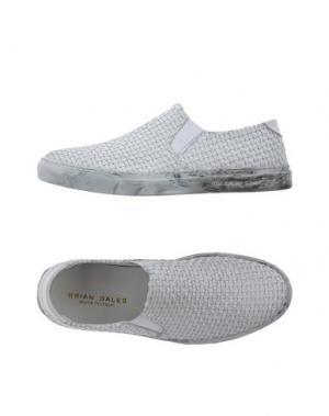 Низкие кеды и кроссовки BRIAN DALES. Цвет: светло-серый