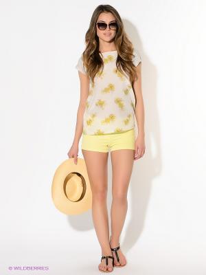 Шорты American Outfitters. Цвет: желтый