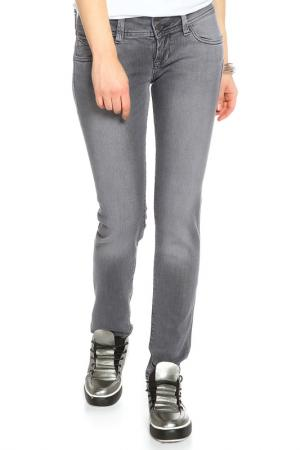 Джинсы Cross Jeanswear Co.. Цвет: серый