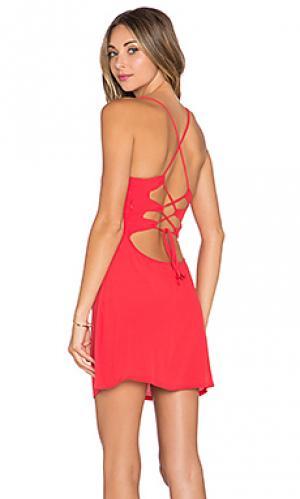 Обтягивающее платье lauren NBD. Цвет: красный