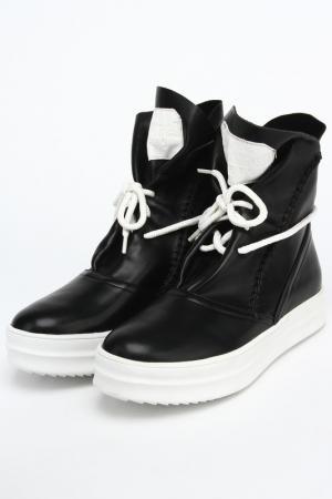 Ботинки Araz. Цвет: черный, кожа