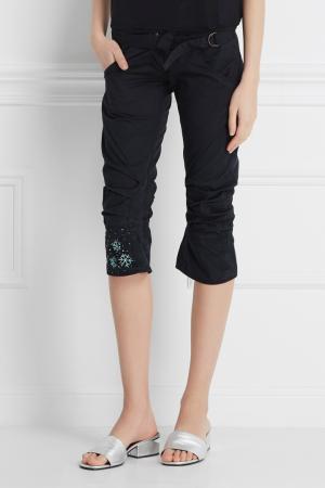 Однотонные брюки Maharishi. Цвет: черный