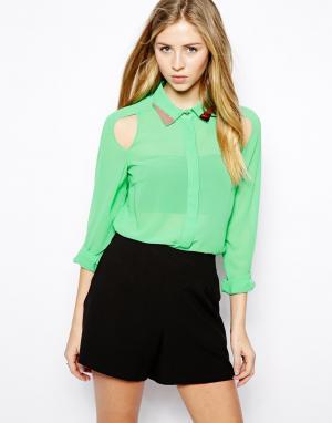 Блузка с уголками на воротнике  Tess Jovonnista. Цвет: зеленый