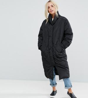 ASOS Petite Утепленное пальто с варежками. Цвет: черный