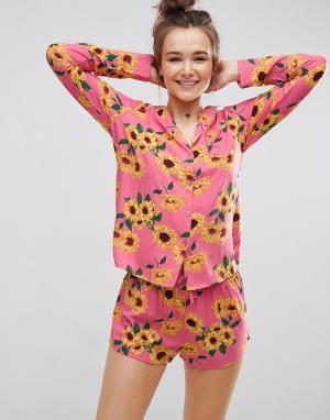 ASOS Пижамный комплект из рубашки и шортов с подсолнухами. Цвет: мульти