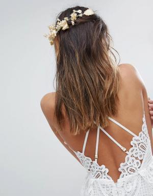 ASOS Заколка для волос с цветами. Цвет: коричневый