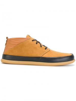 Ботинки на шнуровке Volta. Цвет: коричневый