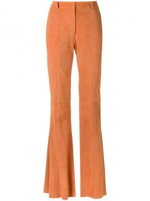 Расклешенные замшевые брюки Tufi Duek. Цвет: коричневый